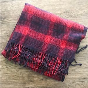 GAP cozy flannel blanket scarf